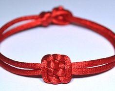 chinese_knotting en Etsy, un mercado global de artículos hechos a mano y vintage.