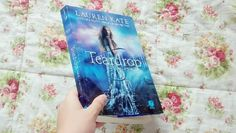 Love books! Blog: http://mysecretsbooks.blogspot.com.br/
