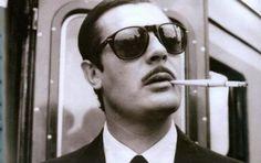 #Persol es una marca italiana de #gafas con cien años de antigüedad que ha creado muchos modelos icónicos a lo largo de su historia. Uno de ellos -y uno de mis favoritos- es el modelo 649 que, como muchos hitos de la moda, como por ejemplo los Levi's, tiene un origen industrial. Y es que Persol lo creó para los conductores de tranvías de Turín en 1957, y #Marcelo #Mastroiani lo lanzó al estrellato al lucirlo en su película Divorcio a la Italiana.