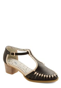 Delightful Director Heel. Whether youre in the editing studio or chatting with the crew before an afternoon of filming, youll look captivating in these black heels from Kling! #black #modcloth