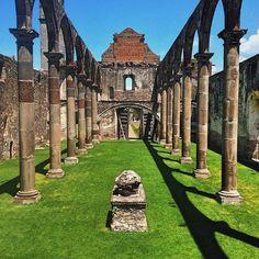 Bellísimo el ex-convento de Tecali de Herrera, Puebla del siglo XVI .