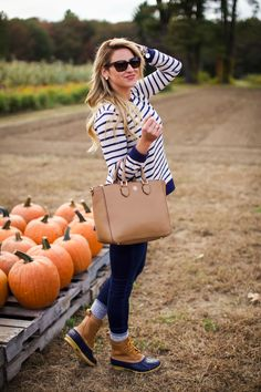 What to wear to a pumpkin patch for pumpkin picking. How we wear bean boots in the fall. Fall preppy style. New England style-5
