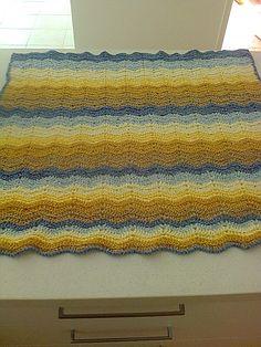Ripple blanket in chenille yarn