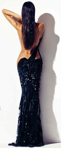 Izabel Goulart Harper's Bazaar Spain. Don't know if this real or shopped?!