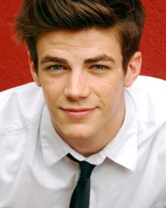 grant gustin/sebastian on glee