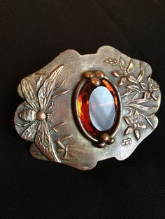 ☯☮ॐ American Hippie Bohemian Jewelry ~ Art Nouveau Bee & Flower C-clasp Brooch