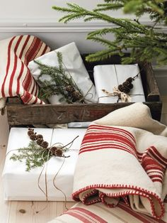 rural girl - christmas - gift wrapping ideas