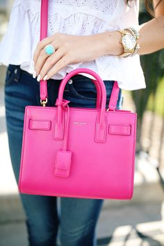 Love this post by Southern Curls & Pearls about where to buy designer handbags for less!
