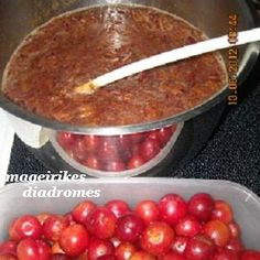 Μαρμελάδα κορόμηλο Greek Desserts, Greek Recipes, Greek Cooking, Spinach, Pitta, Cake Recipes, Sweet Tooth, Deserts, Gluten Free
