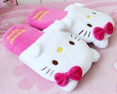 Sanrio Hello Kitty new 2014 Women Home Slippers Hello Kitty  New Fashion Women's Wistiti Indoor Slippers Women Flats Sandals #11-in Slippers...
