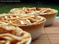 Three LIttle Apple Pies for The Three Little Bears by ~CinnamonGirl, via Flickr Homemade Pastries, Cinnamon Spice, Fresh Apples, How To Lose Weight Fast, Baked Goods, Sweet Treats, Dishes, Baking, Bears