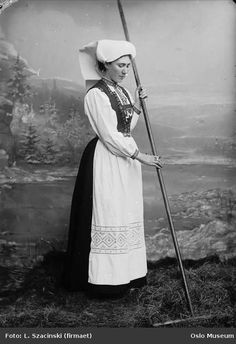 Traditional bunad from 1915. Hardanger region of Norway. Take a look at the Hardanger embroidery on the apron.