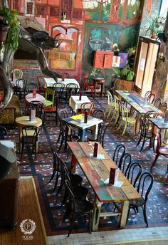 -In this Article You will find many Best Coffee Shop Decoration Inspiration and Ideas. Pub Design, Coffee Shop Design, Bar Deco, Deco Cafe, Decoration Restaurant, Deco Restaurant, Bohemian Restaurant, Bohemian Cafe, Colorful Restaurant