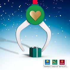 When sharing a gift on your wall, this Christmas claw will pick up one of our 30 000 gifts and put it on your wall. #christmasspirit #charity
