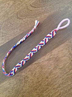 This overlapping pattern is great to show connection. This one was perfect for Grandma and each of her grandkids favorite colors.