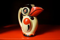 Rare Ditmar Urbach Czechoslovakia Art Deco Pottery Toucan pitcher I actually had one of these when I was doing antique-ing. Mccoy Pottery Vases, Pottery Art, Native Design, Art Deco Home, Arts And Crafts Movement, Retro Art, Art Deco Design, Art Deco Fashion, Teapots