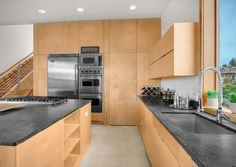 plywood-kitchen-in-residence-house-interior.jpg (56.99 KiB) Viewed 430 times