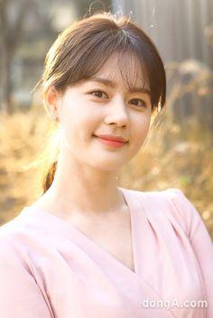 [루키인터뷰: 얘 어때?①] 김주현, 비 온 뒤 굳은 땅…그래서 더 기대되는 여배우 : 스포츠동아