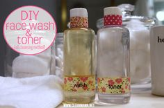 The BEST face wash for any skin type. Natural, effective and inexpensive. DIY Face Wash + Toner via Clean Mama