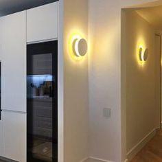 Reforma de piso - Barcelona. - Diseño y Decoración Casas Bathroom Lighting, Mirror, Furniture, Home Decor, White Colors, Apartments, Flats, Modern Flooring, Lighting Design