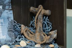How to make an anchor with just paint, cardboard and tin foil. The rust looks real!