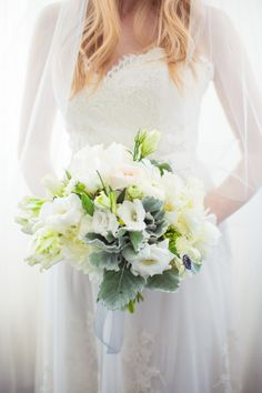 White bouquet: http://www.stylemepretty.com/little-black-book-blog/2014/10/08/modern-white-wedding-inspiration/ | Photography: Just for You - http://www.jfyphotography.com/