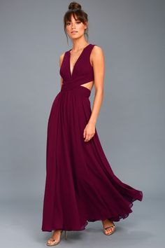 Bridesmaids ♥️ Your wildest dreams can come true in the Vivid Imagination Plum Purple Cutout Maxi Dress! Maxi dress with a pleated, V-neck bodice and side cutouts. Burgundy Maxi Dress, Purple Maxi, Plum Purple, Taupe Dress, Green Dress, Navy Blue, Backless Maxi Dresses, Strapless Maxi, Dance Dresses