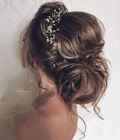 50 Attractive Wedding Hairstyles for Long Hair - hair ideas - Hochzeit Frisuren Wedding Hairstyles For Long Hair, Wedding Hair And Makeup, Wedding Hair Accessories, Bride Hairstyles, Pretty Hairstyles, Bridal Hair, Hair Makeup, Hair Wedding, Vintage Hairstyles