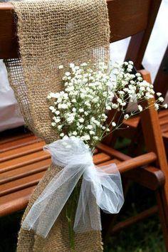 Materiales simples. Arpillera, tul y paniculata. Simply beautiful.