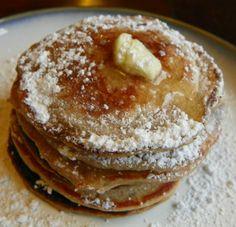 low fat, protein packed greek yogurt pancakes. yum!