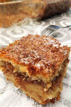 Almás fahéjas süti dióval – VIDEÓVAL! – GastroHobbi Polish Recipes, My Recipes, Cake Recipes, Dessert Recipes, Food Cakes, Cookie Desserts, Macaroons, Food And Drink, Sweets