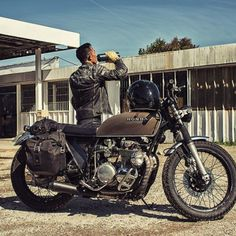 Rkhoob with his Honda BratStyle #motorcycles #bratstyle #motos | caferacerpasion.com