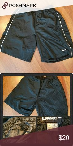 NIKE BASKETBALL SHORTS Size XL These are great shorts in excellent condition! Nike brand! These have pockets too! Drawstring waist. Color: Black Size: XL Nike Shorts Athletic