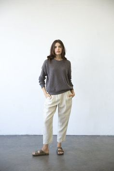 It Is Well L.A. Crewneck Pull-On Sweater Inside Out, Crew Neck, How To Make, How To Wear, Normcore, Fitness, Model, Sweaters, Cotton