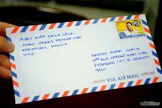 El argumento: Lencho envia una carta a Dios pero pedir 100 pesos. Por que se cosecho es destruide por el granizo.