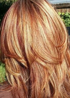 Special Techniques to Have Blonde Hair with Auburn Lowlights : Blonde Hair with Red and Auburn Lowlights. Blonde hair with red and auburn lowlights. Red Hair With Blonde Highlights, Red Blonde Hair, Strawberry Blonde Hair, Caramel Highlights, Auburn Highlights, Blonde Hair With Copper Lowlights, Brown Hair, Black Hair, Blonde Honey