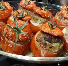 Stuffed tomatoes with Cookeo photo tomates farcie cookeo – Station De Recettes Healthy Summer Recipes, Healthy Eating Tips, Quick Recipes, Healthy Snacks, Cooking Recipes, Easy Dinners For One, Quick Easy Meals, Vegetarian Dinner For One, Baked Chicken