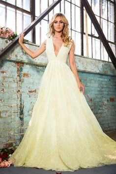 Romantic,sexy & breathtakingly beautiful wedding dresses from Lurelly bridal has some of the most elegant & feminine gowns a bride can dream of,Lurelly wedding dress Green Wedding Dresses, Yellow Bridesmaid Dresses, Disney Wedding Dresses, Elegant Wedding Gowns, Wedding Dress Chiffon, Wedding Dresses For Sale, Gorgeous Wedding Dress, Bridal Wedding Dresses, Wedding Dress Styles