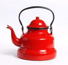 This wonderful enamel teapot will be nice decor of your kitchen. Each collector would like to have it. Size: x 6 This teapot is in good Red Teapot, Enamel Teapot, Enamel Ware, Cafe Display, London Decor, Tea Kettles, My Cup Of Tea, Red Christmas, Cherries