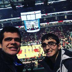 Hora de ver Chicago Bulls em ação... NBA ao vivo!  #BullsNation #chicagobulls #nba #renanbarabanov