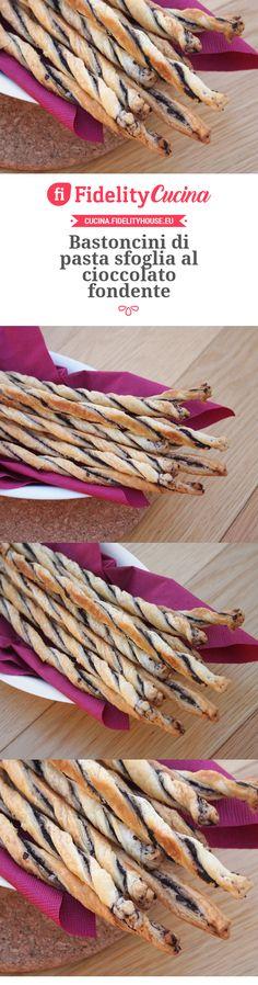 Bastoncini di pasta sfoglia al cioccolato fondente