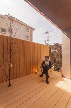 ベランダのデザイン:下荒田の家をご紹介。こちらでお気に入りのベランダデザインを見つけて、自分だけの素敵な家を完成させましょう。