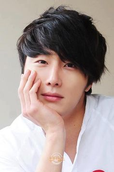 Jung Il Woo ♡ The Moon Embraces the Sun ♡ Flower Boy Ramyun Shop♡