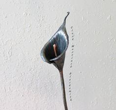 Calla Lily flor hecha a mano forjado hierro acero Metal 6