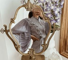 Discover recipes, home ideas, style inspiration and other ideas to try. Classy Aesthetic, Aesthetic Vintage, Aesthetic Photo, Aesthetic Pictures, Purple Aesthetic, Princess Aesthetic, How To Pose, Fasion, Fashion Fashion
