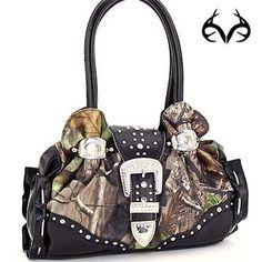 #RealtreeAPG #camo Western #handbags