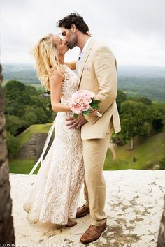 Lovebirds in Belize! Belize luxury wedding at an ancient Maya ruin? Definitely the perfect destination wedding!   Moment captured by Leonardo Melendez Photography