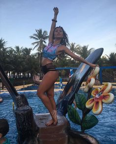 Sabrina Sato Dia incrível de gravação do @programadasabrina aqui nessa terra maravilhosa. #Ceara #beachpark