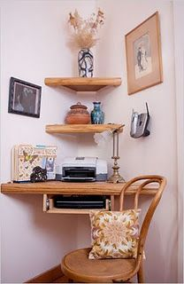 Qué bien resuelto el espacio para escritorio en una esquina !!!!