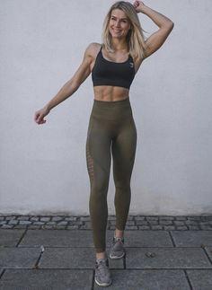 Fitness model training sports 59 Ideas for 2019 Short Fitness, Fitness Herausforderungen, Fitness Goals, Fitness Fashion, Physical Fitness, Fitness Quotes, Fitness Humor, Fitness Outfits, Fitness Journal